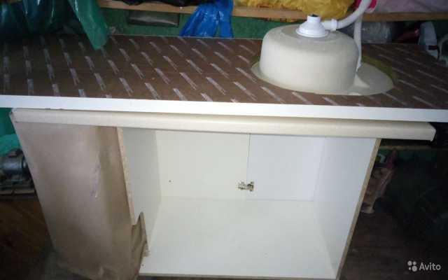 Продам: Продаю элементы кухонного гарнитура