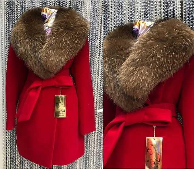 Продам Фирменные пальто