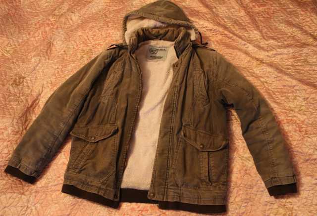Продам Продам вельветовую мужскую куртку 48 р