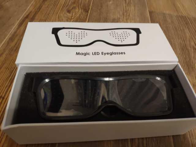 Продам: Очки на светодиодной подсветке с блютуз