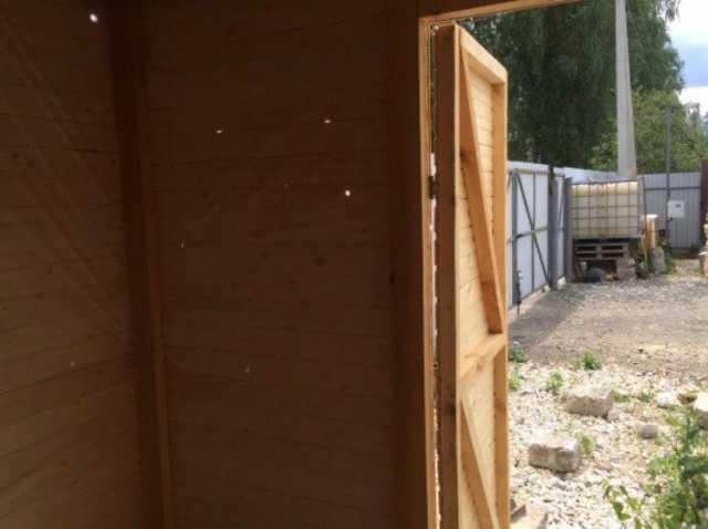 Продам: Деревянный хозяйственный блок для дачи