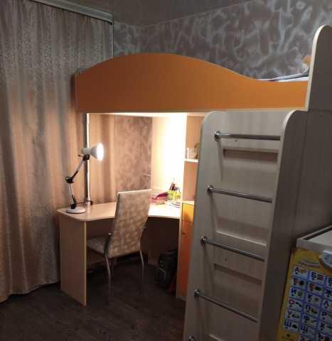 Продам: Кровать чердак с рабочей зоной