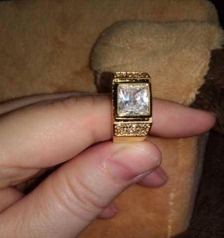 Продам: Перстень Мужской-женский 925 пробы с фиа