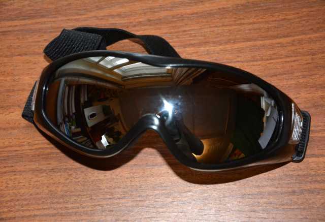 Продам: Лыжные очки