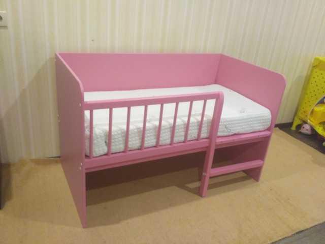 Продам: Детская кровать