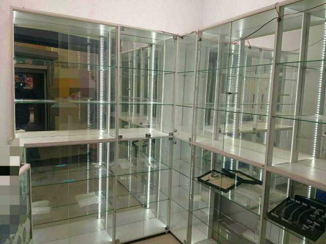 Продам: Новые торговые витрины,с подсветкой