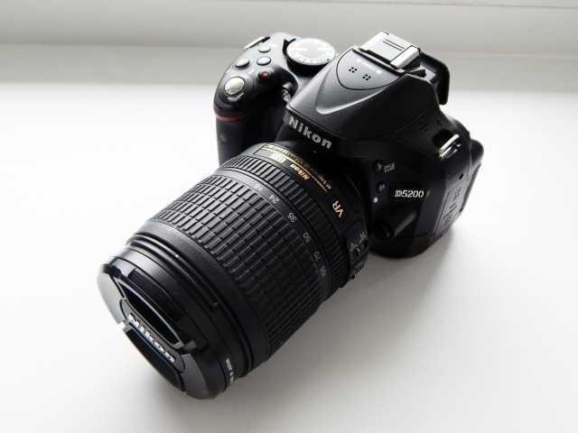 Продам Зеркальный фотоаппарат Nikon D5200