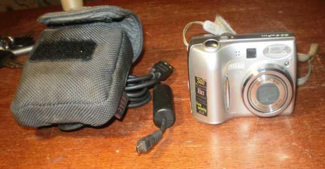 Продам: Фотоаппарат nikon Coolpix 7600