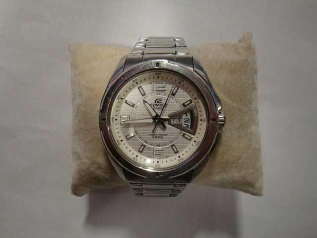 Продам часы CASIO EF-129