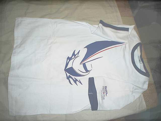 Продам Фирменная футболка