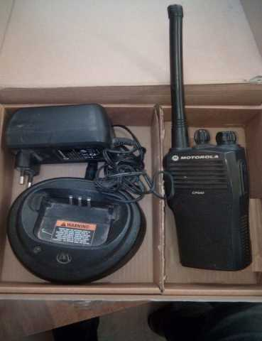 Продам Рация Motorola CP-040