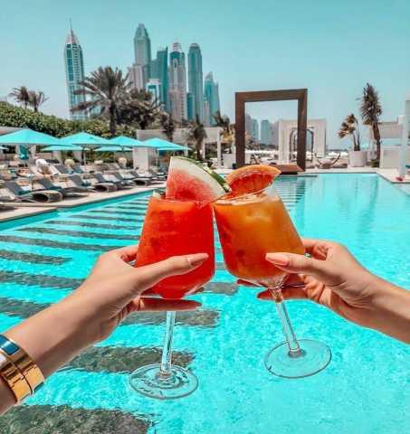 Вакансия: Работа в Дубае официанты, продавцы