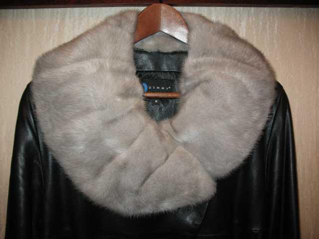Продам Женское кожаное пальто с мехом норки