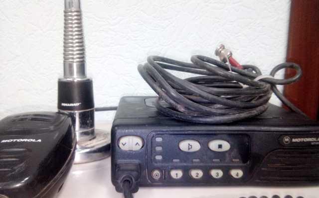 Продам Радиостанция автомобильн Motorola gm350