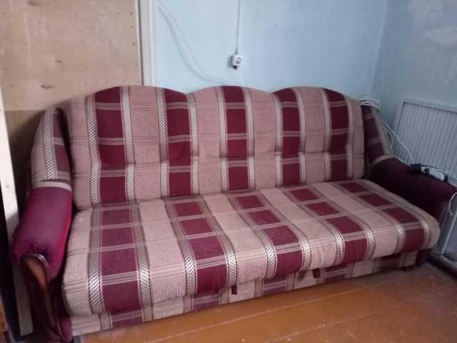 Отдам даром: диван
