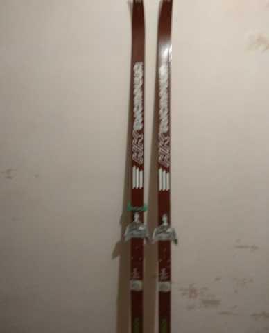 Продам Лыжи Быстрица (Нововятск) с креплением