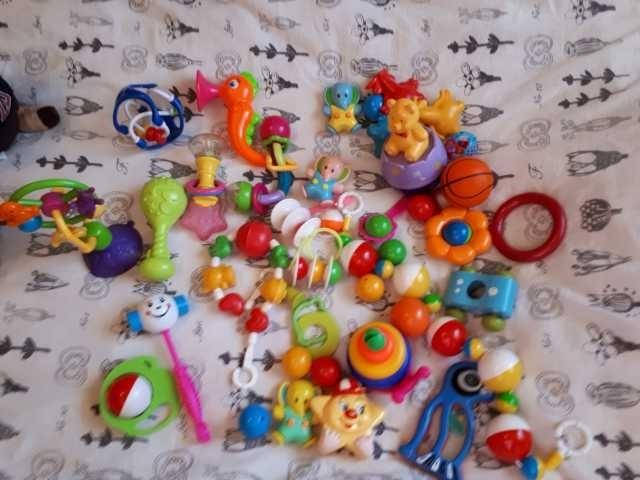 Продам: Игрушки самым маленьким детям