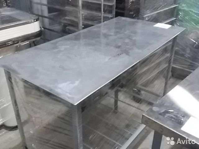 Продам Стол для кухни Нержавейкин