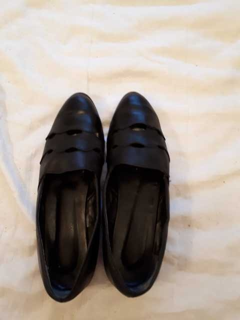 Продам: Туфли летние кожа