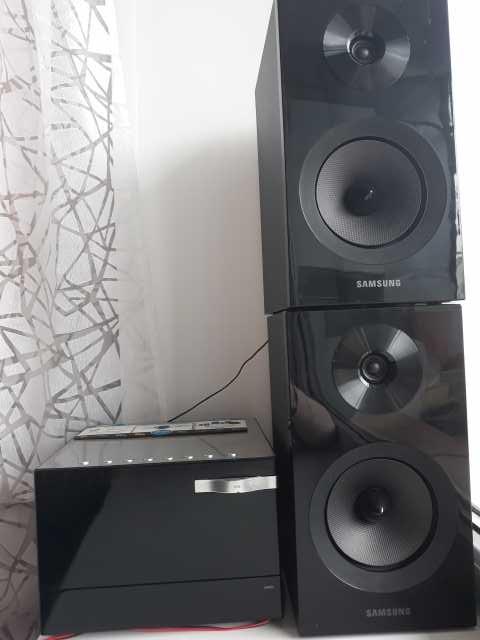 Продам: Музыкальный центр SAMSUNG