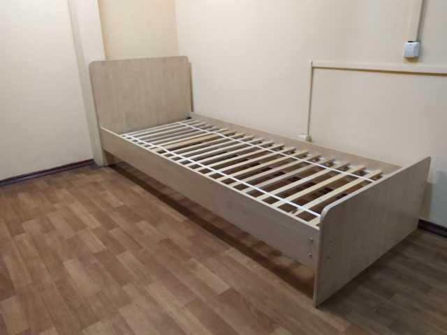 Продам: кровати из ЛДСП на ламелии оптом