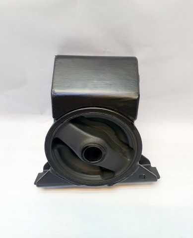 Продам: Подушка двигателя передняя at для Mitsub