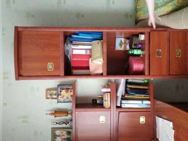 Продам: МЕБЕЛЬ школьника Стол Кресло Диван Шкаф