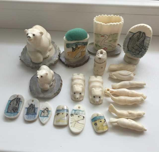 Продам: Изделия из бивня моржа( много разных вещ