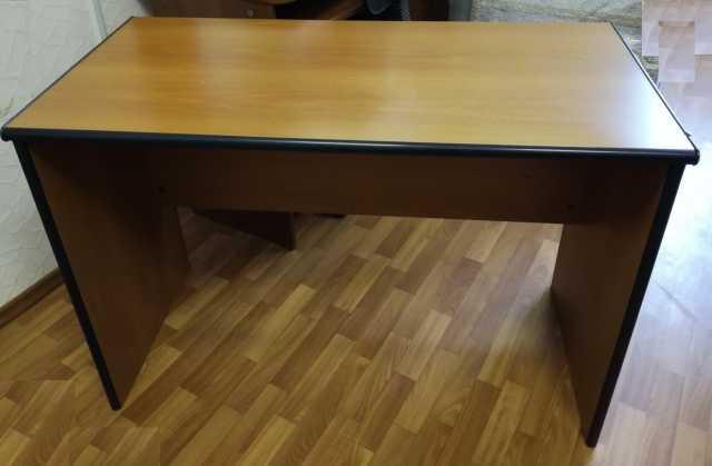 Продам Продам столы письменные LAS, МЕРКС