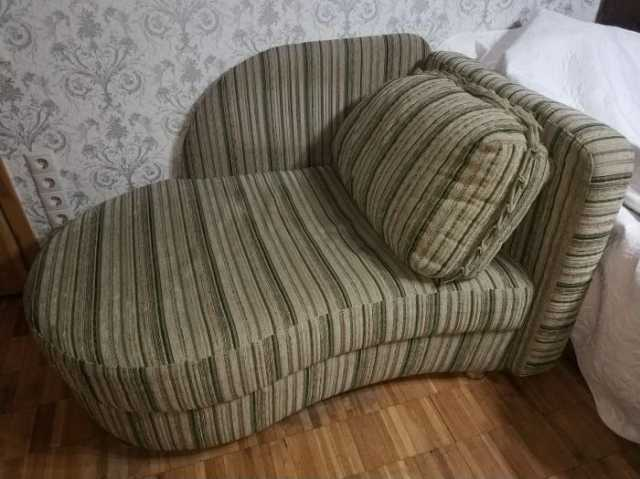 Продам Компактная раздвижная кушетка диван
