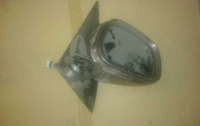 Продам: Rexton -3 зеркало на запчасти