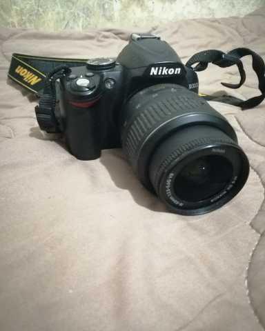 Продам Зеркальный фотоаппарат Nikon D3000
