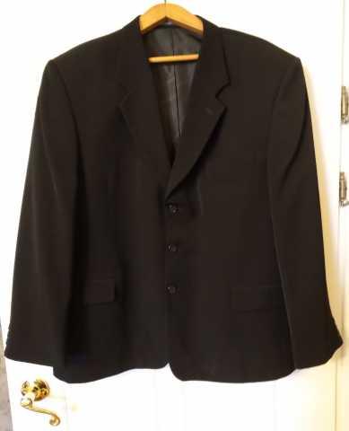 Продам Пиджак чёрный 176х116х104см