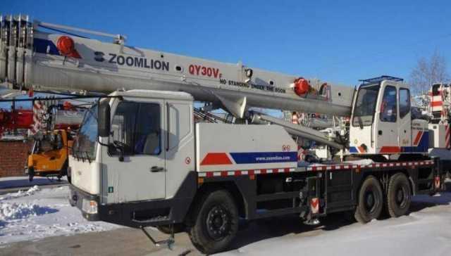Продам: Продам автокран 30 тн-49м,Zoomlion QY30v