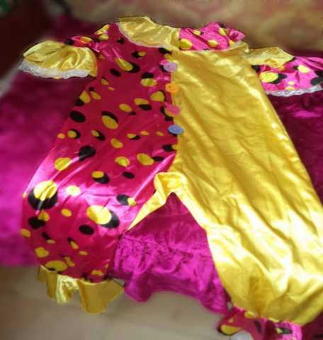 Продам костюм клоунессы