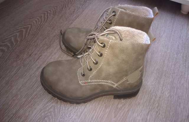 Продам: ботинки женские