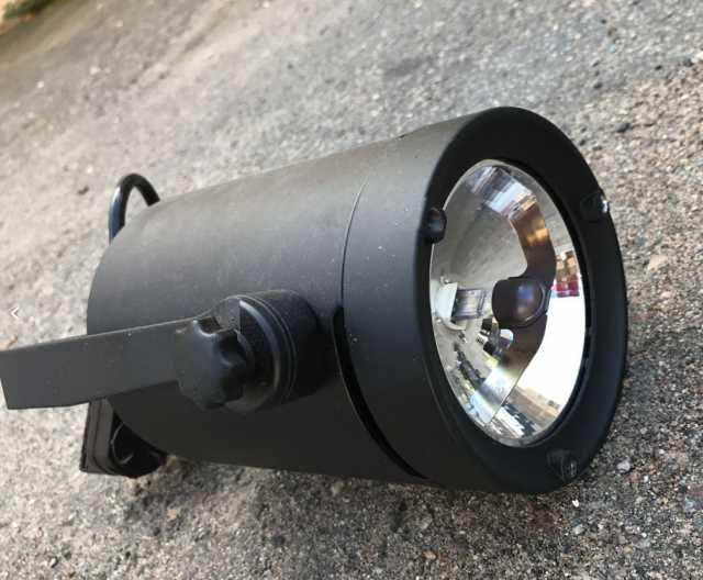 Продам: Светильник Stream AR111