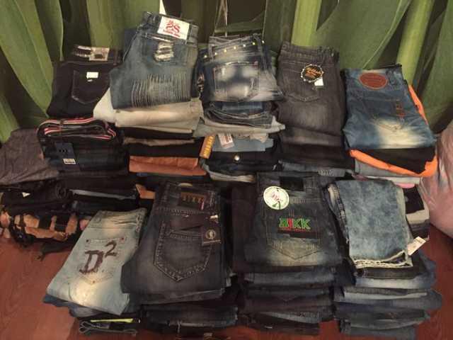 Продам: товарный остаток одежды оптом
