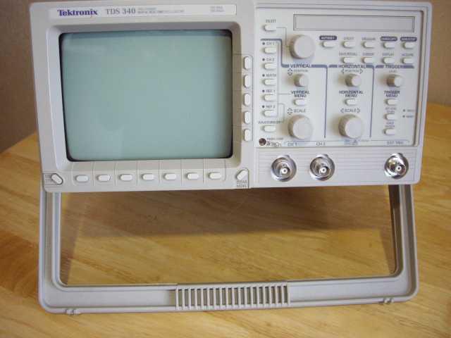 Продам Осциллограф Tektronix TDS-340 Цифровой