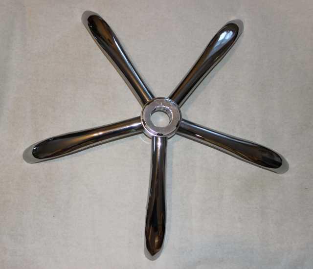 Продам: Крестовина металлическая хромированная д