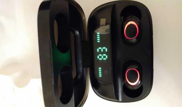 Продам: Продам беспроводные наушники с V5.0 S11