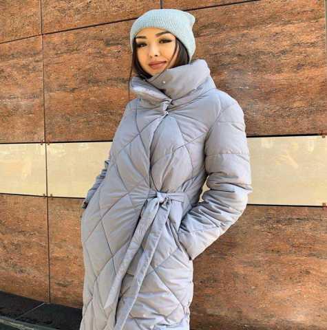 Продам: Стеганное пальто с воротником стойка