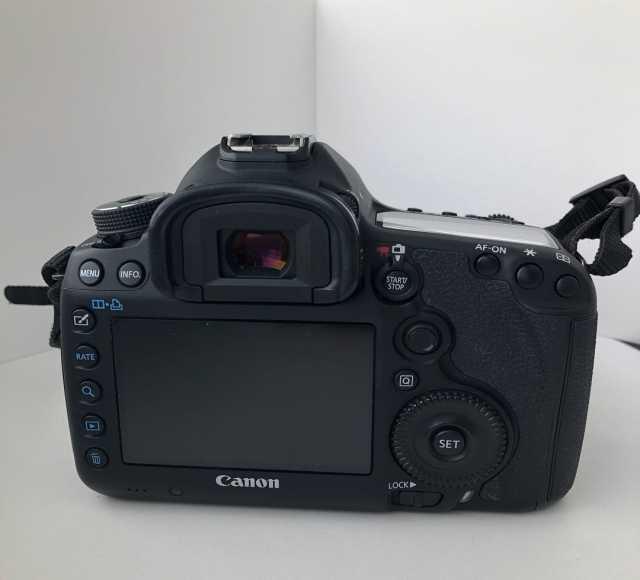 Продам Фотоаппарат Canon