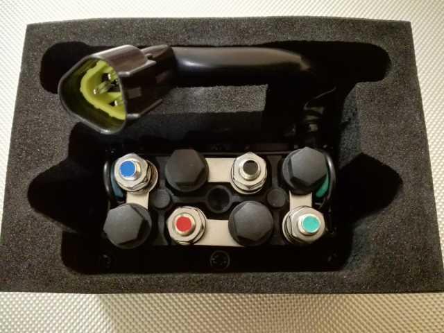 Продам: Реле гидроподъема Yamaha 3 pin