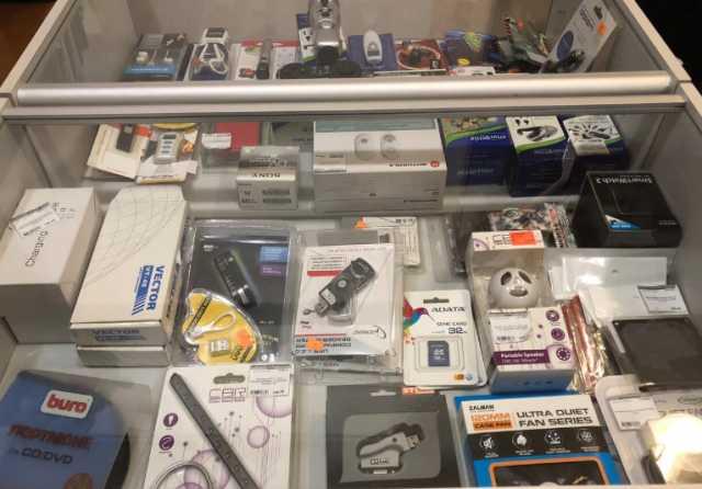 Продам: Флеш-накопители SD USB