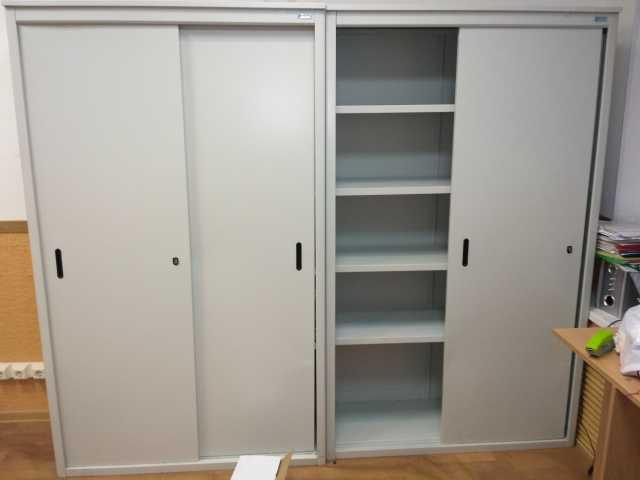 Продам: Металлические шкафы и картотеки