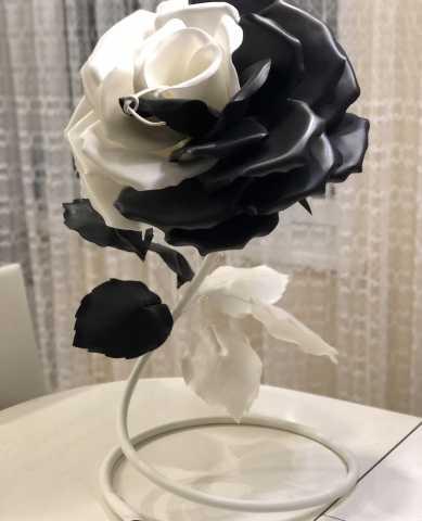 Продам Торшер роза