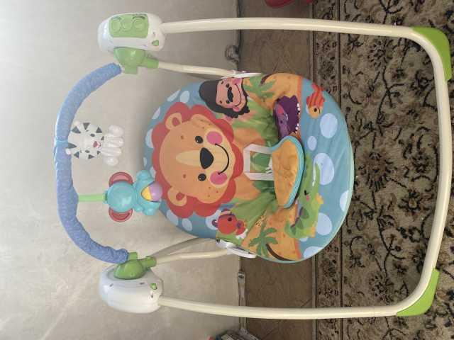 Продам: Детский коврик , сухой бассейн , качели