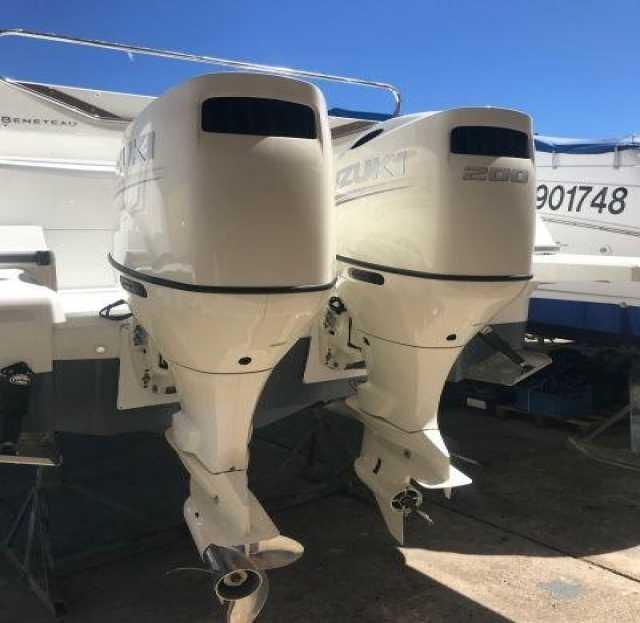 Продам: Мотор лодочный Suzuki DF200APL