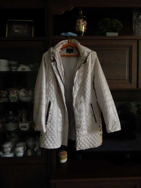 Продам: Куртка(демисезонная)